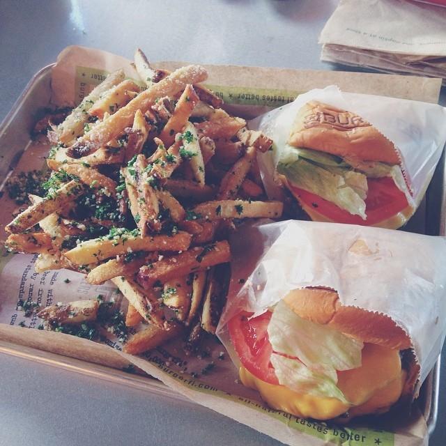 Burgerfi Aventura