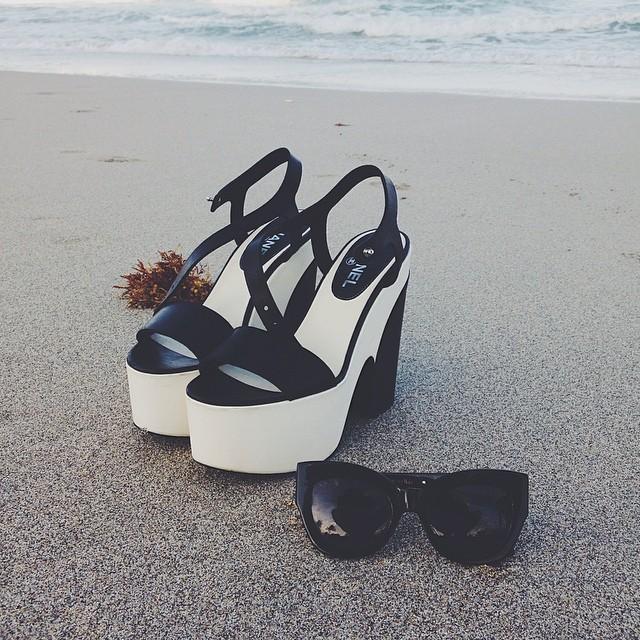 Chanel-Platform-Sandals-Spring-Summer-2012