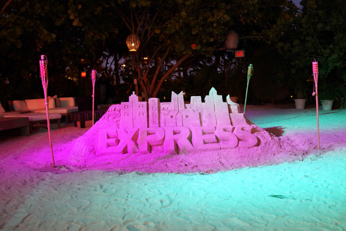 Express-Runway-Miami-Beach-Raleigh-Hotel-Sand-Castle