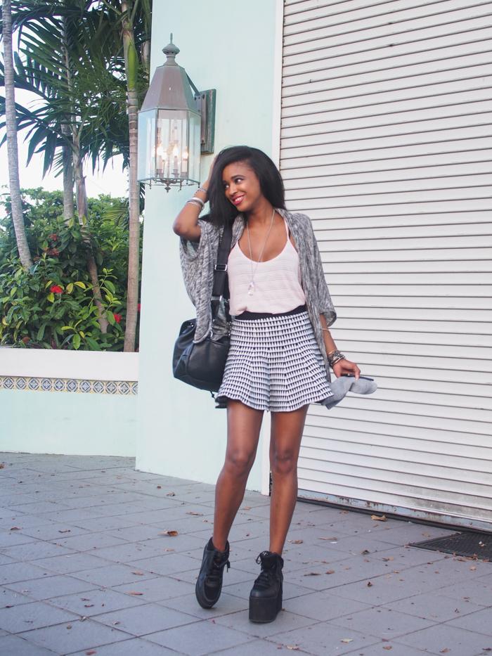 Miami-Fashion-Blogger-Ria-Michelle-Black-Blogger