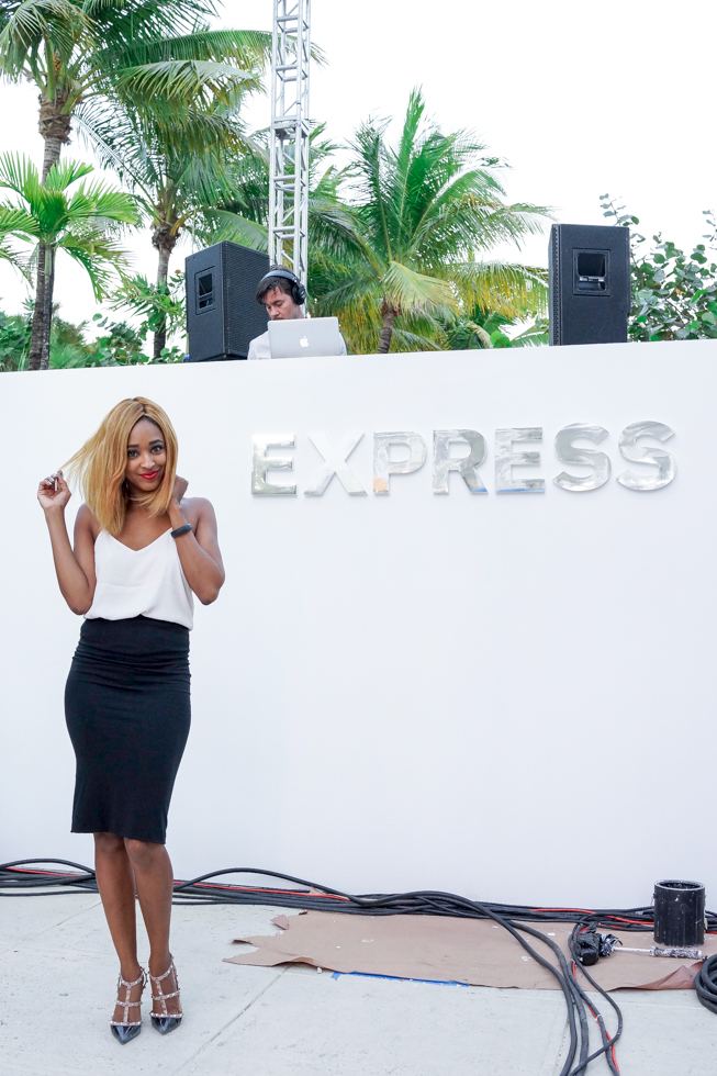 Miami-Fashion-Blogger-Ria-Michelle-Express-Runway-Miami-Beach