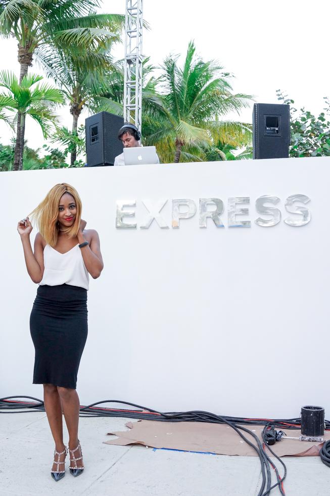 Miami-Fashion-Blogger-Ria-Michelle-Express-Runway-Miami-Beach