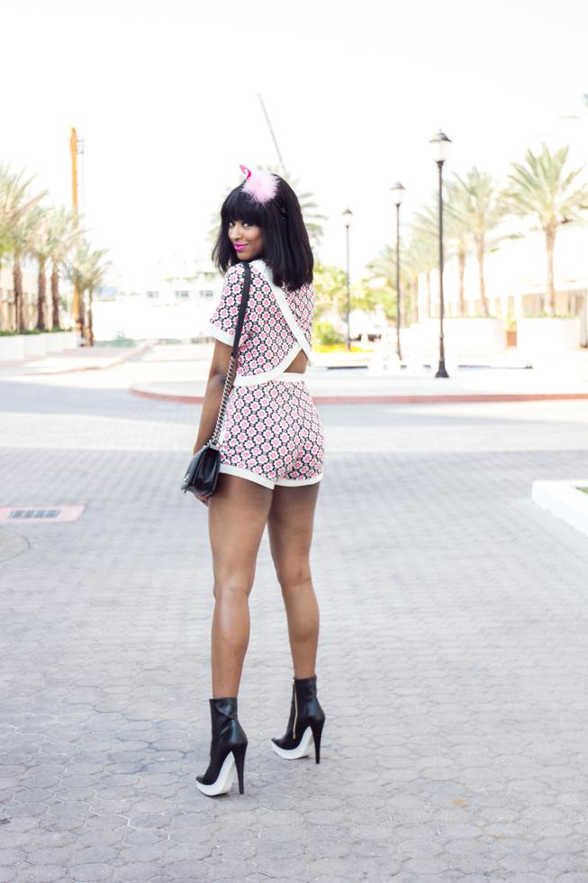 Missguided-Caressa-Crossover-Crop-Top-Retro-Print-Miami-Fashion-Blogger