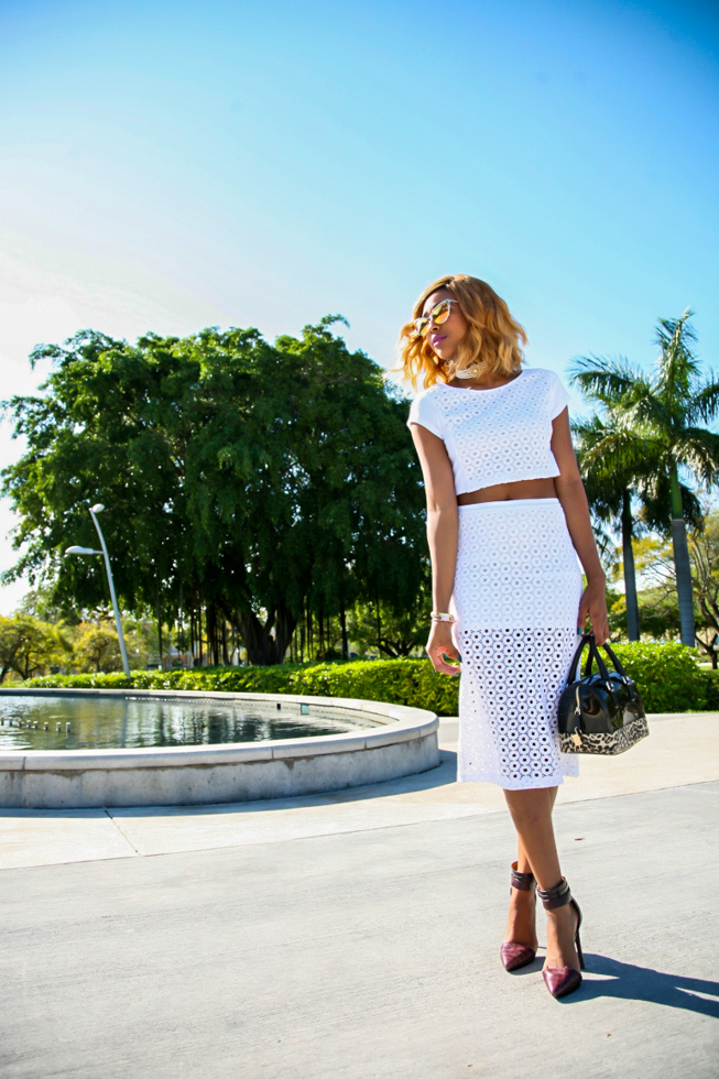 Ria-Michelle-Miami-Fashion-Blogger-Express-Runway