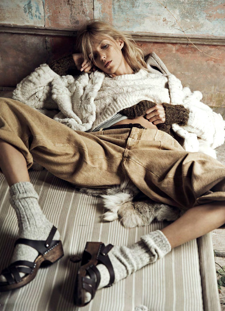 anja-rubik-lachlan-bailey-vogue-paris-october-2014-4