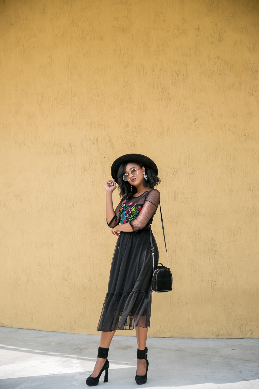 black-velvet-mini-cross-body-bag