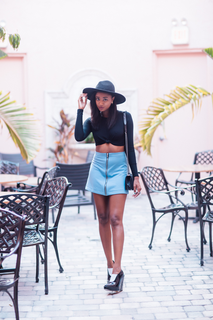 boohoo-zip-front-a-line-mini-skirt