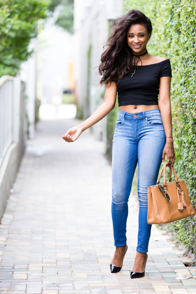 miami-beach-casual-jeans-crop-top