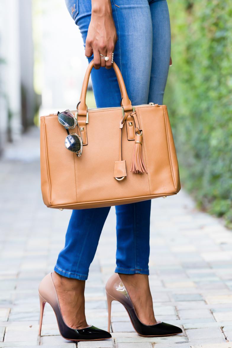 wink-and-winn-custom-bag